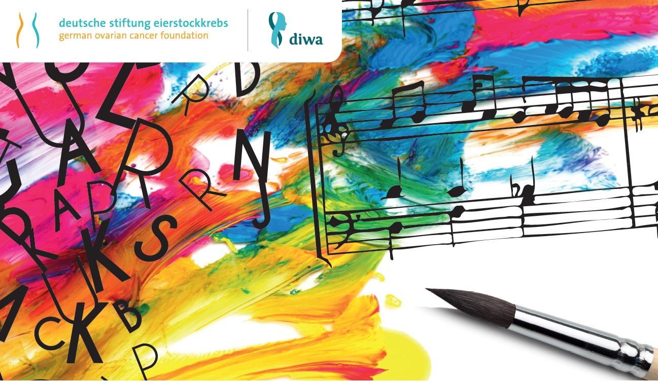 Aktuelles zum Eierstockkrebs: ein Stift für das kreative Schreiben, Buchstaben vor buntem Hintergrund, recht davon Notenzeilen von Musik